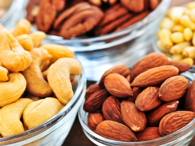 Cholesterol lowering foods - nuts